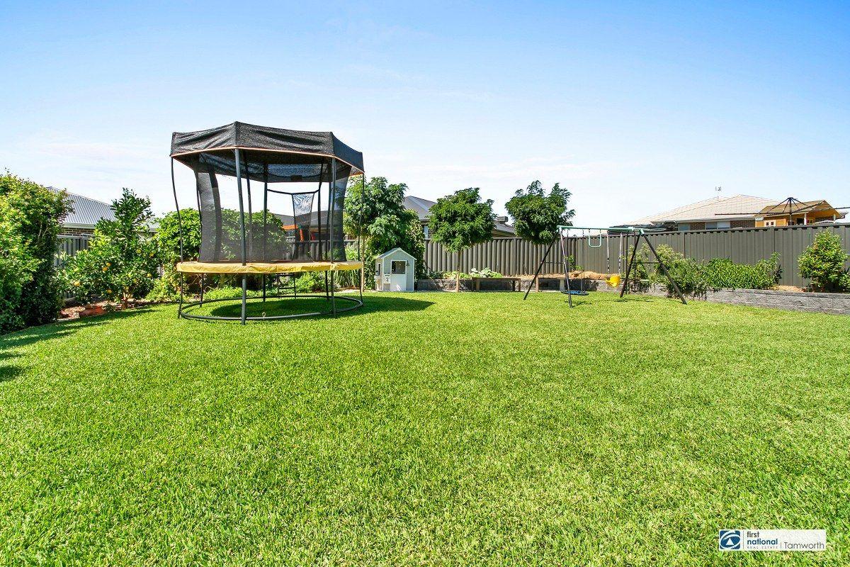 114 Verdelho Drive, North Tamworth NSW 2340, Image 2