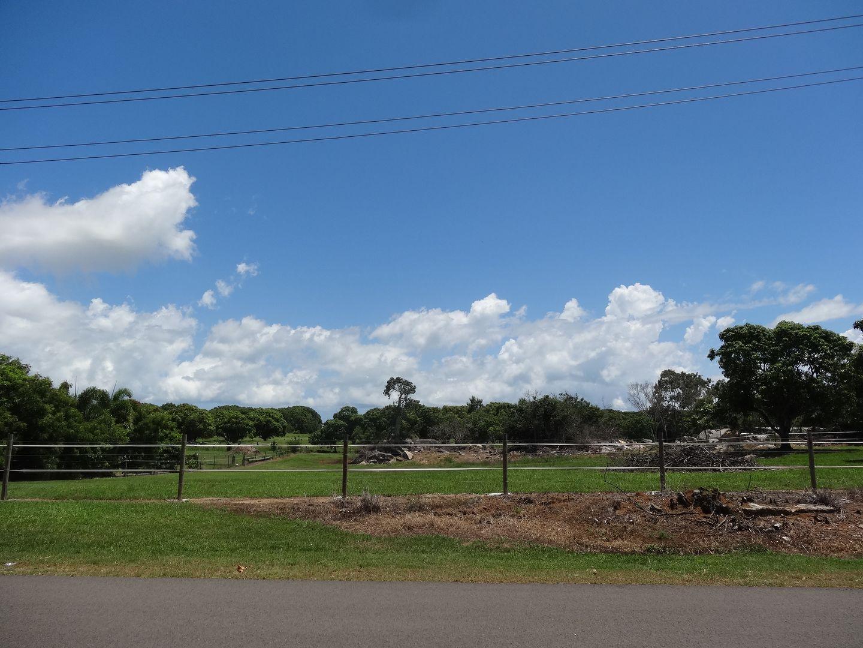 66 Hillview Road, Bowen QLD 4805, Image 2