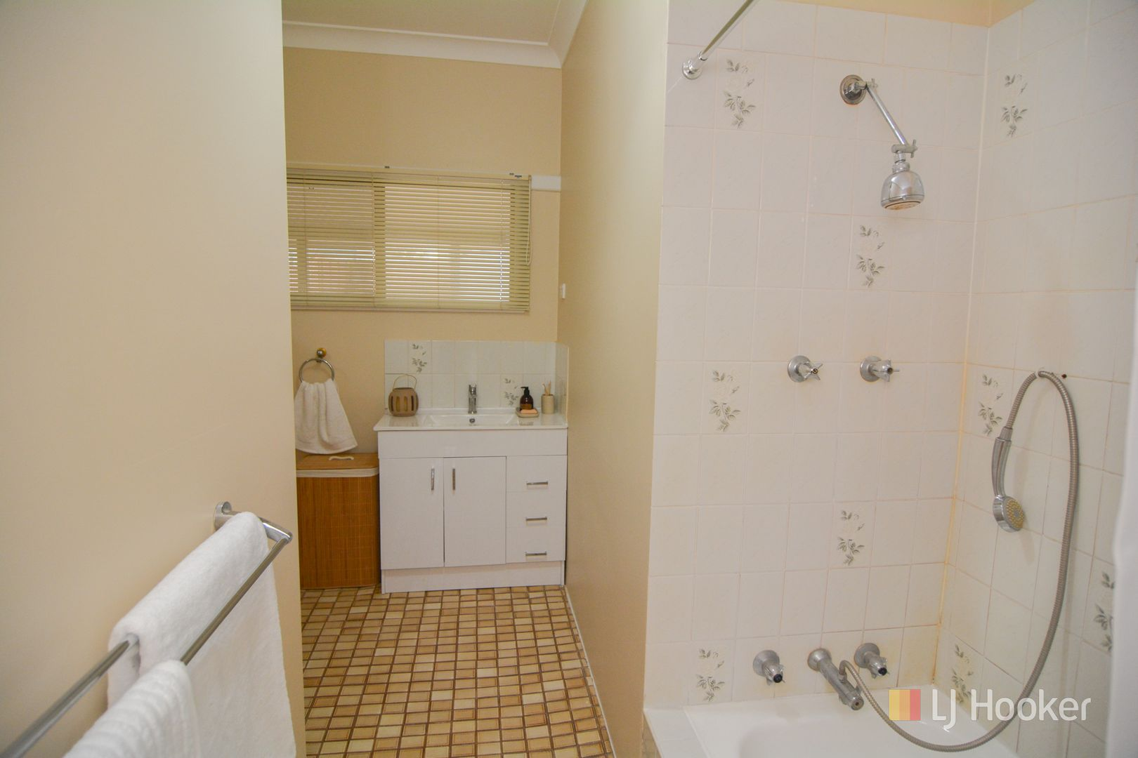 41 Musket Parade, Lithgow NSW 2790, Image 2