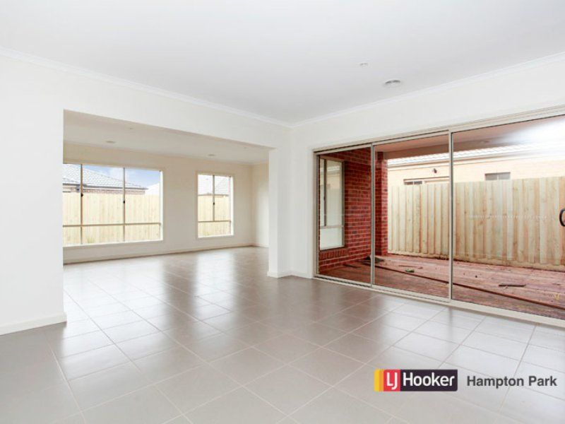 Lot 351 Haflinger Avenue, Cranbourne East VIC 3977, Image 2