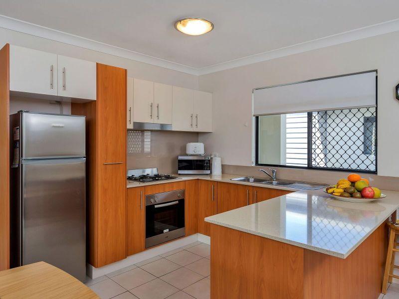 5/18 Seeney Street, Zillmere QLD 4034, Image 2