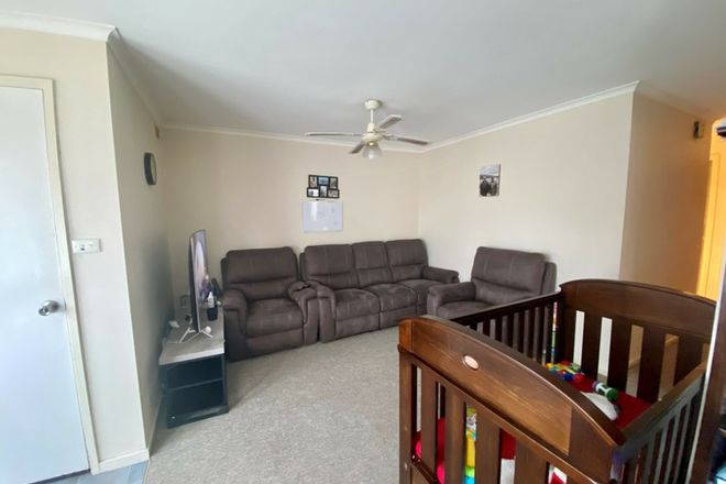 Picture of Unit 2/31 Airlie Bank Rd, MORWELL VIC 3840