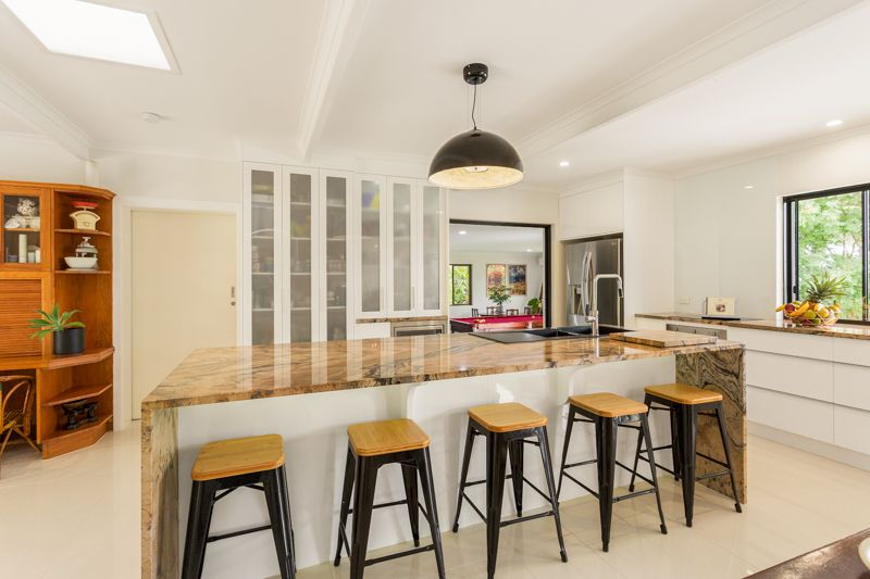 17 Kinnon Street, Glenella QLD 4740, Image 1