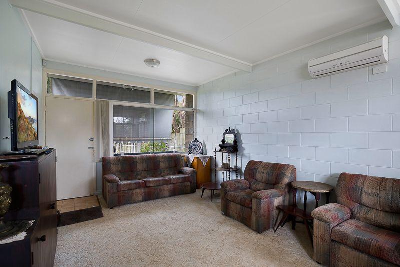 1/19 High Street, Rangeville QLD 4350, Image 2