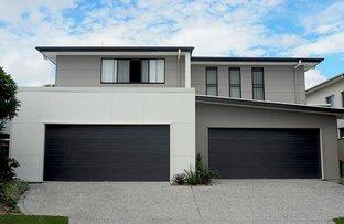1 & 2/26 Ocean Street, Runaway Bay QLD 4216