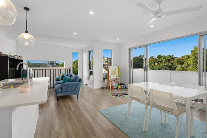Picture of 5/116 Eugaree Street, SOUTHPORT QLD 4215