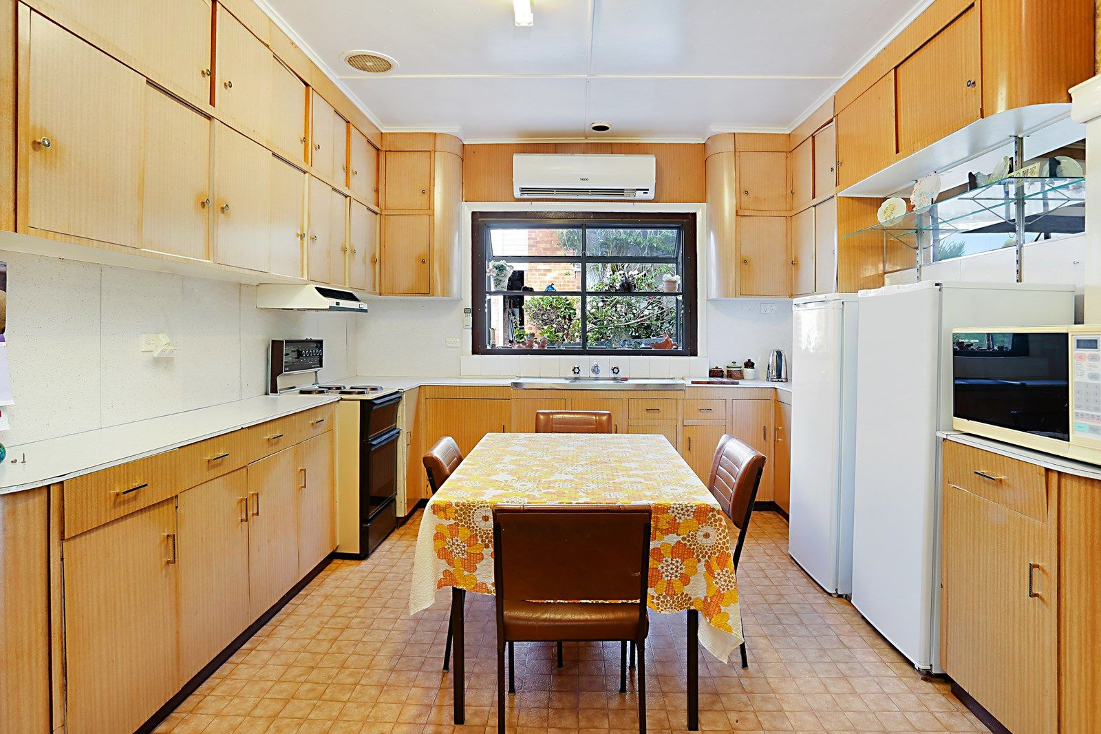 52 Myles Street, Dungog NSW 2420, Image 2