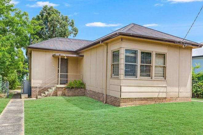 Picture of 28 Pioneer Street, SEVEN HILLS NSW 2147