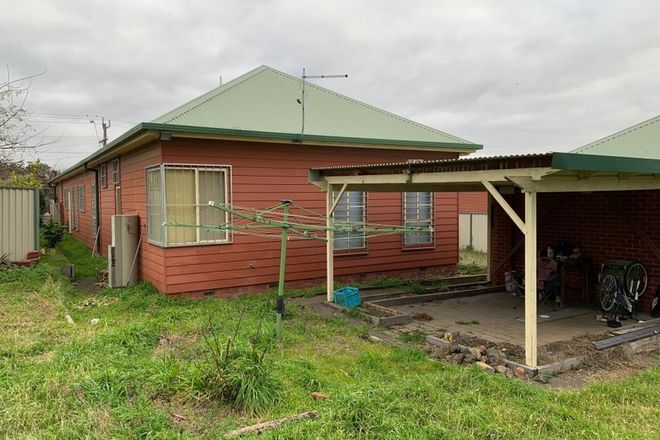 Picture of 407 Humffray St N, BROWN HILL VIC 3350