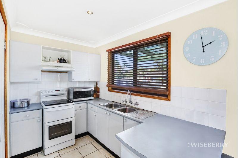 65 Kawana Avenue, Blue Haven NSW 2262, Image 2