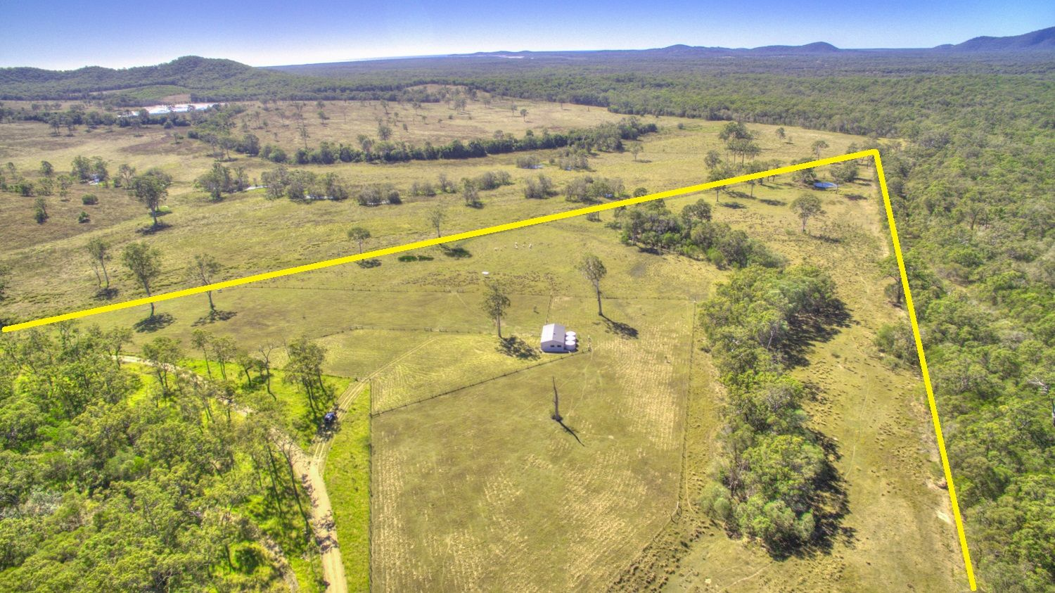 14 MAROOLINGAH RD, Agnes Water QLD 4677, Image 2