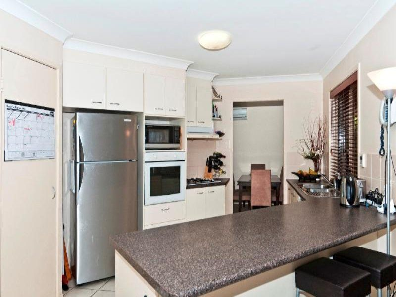 16 Jack Street, Darling Heights QLD 4350, Image 2