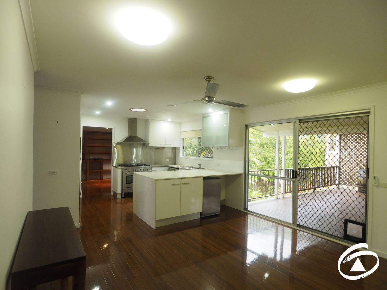 16 Minerva Avenue, Mooroobool QLD 4870, Image 0