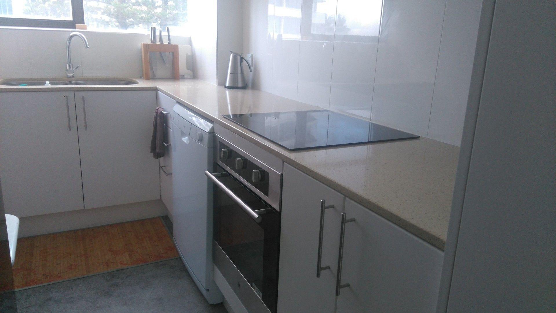 29 Northcliffe Terrace, Broadbeach QLD 4218, Image 2