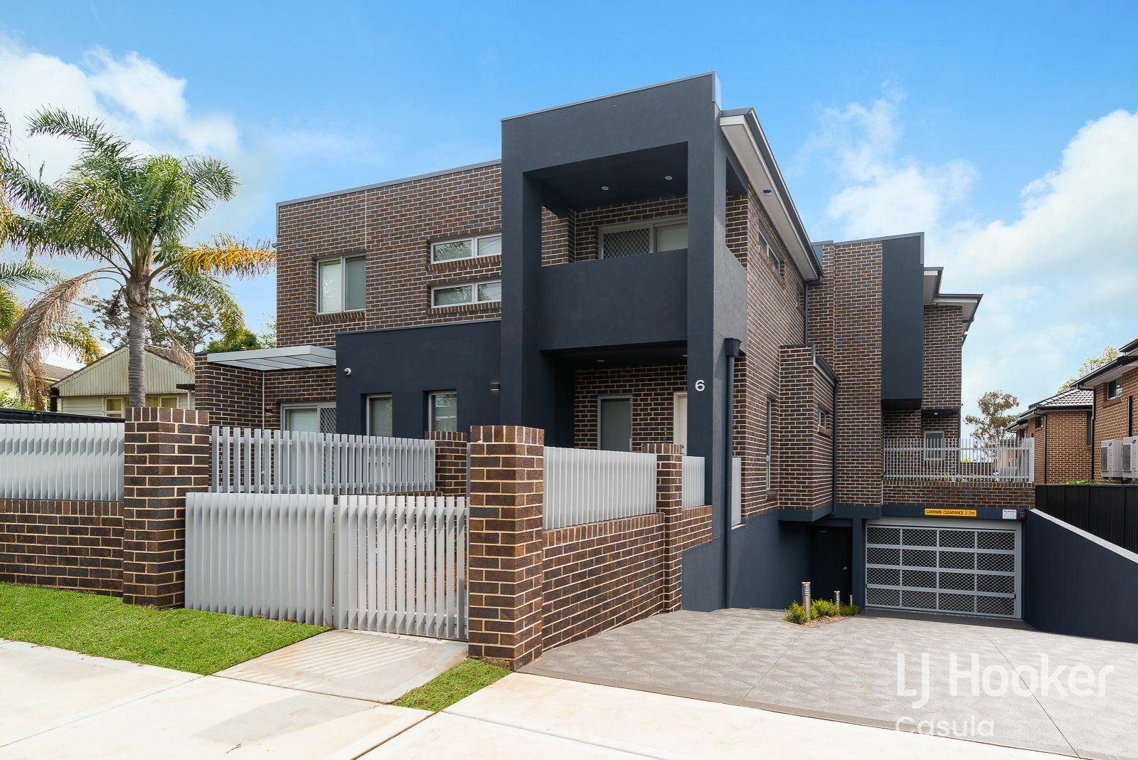 2/6 Holland Crescent, Casula NSW 2170, Image 0