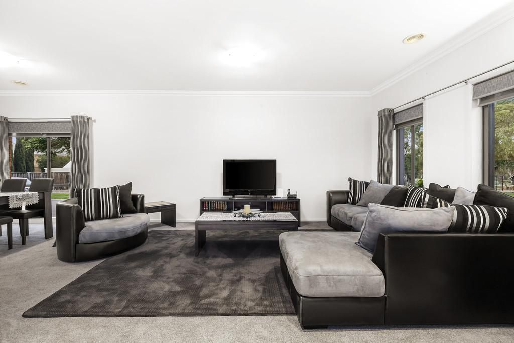 31 Tennyson Circuit, Mill Park VIC 3082, Image 1