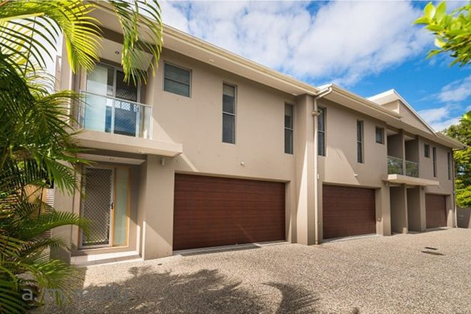 Picture of 2/31 Ward Street, SOUTHPORT QLD 4215