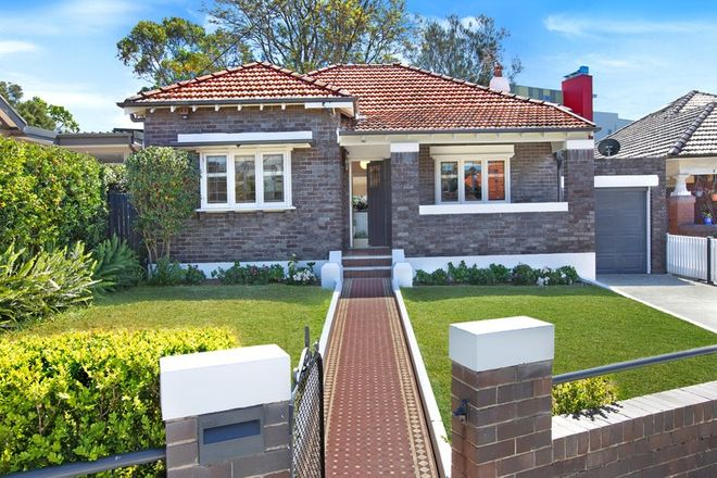 Picture of 6 Junction Street, GLADESVILLE NSW 2111