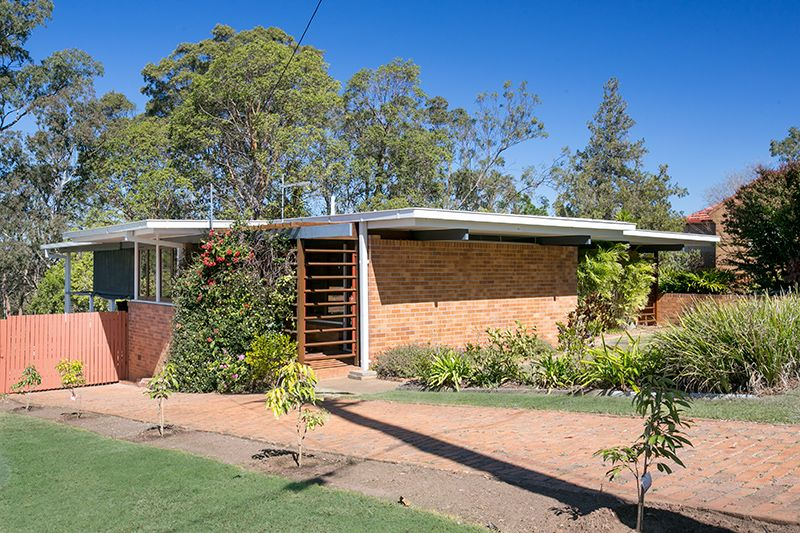 122 Seventeen Mile Rocks Road, Oxley QLD 4075, Image 1