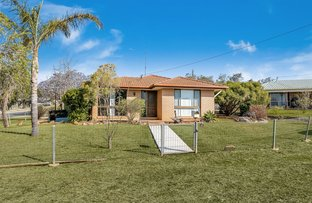 Picture of 1 Lawcon Court, Oakey QLD 4401