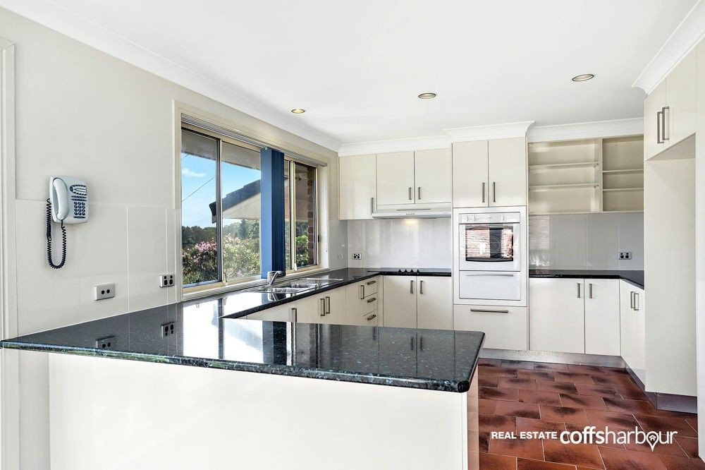 4 Cunningham Crescent, Sawtell NSW 2452, Image 0