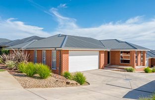 Picture of 1/114 Brooklyn Drive, Bourkelands NSW 2650