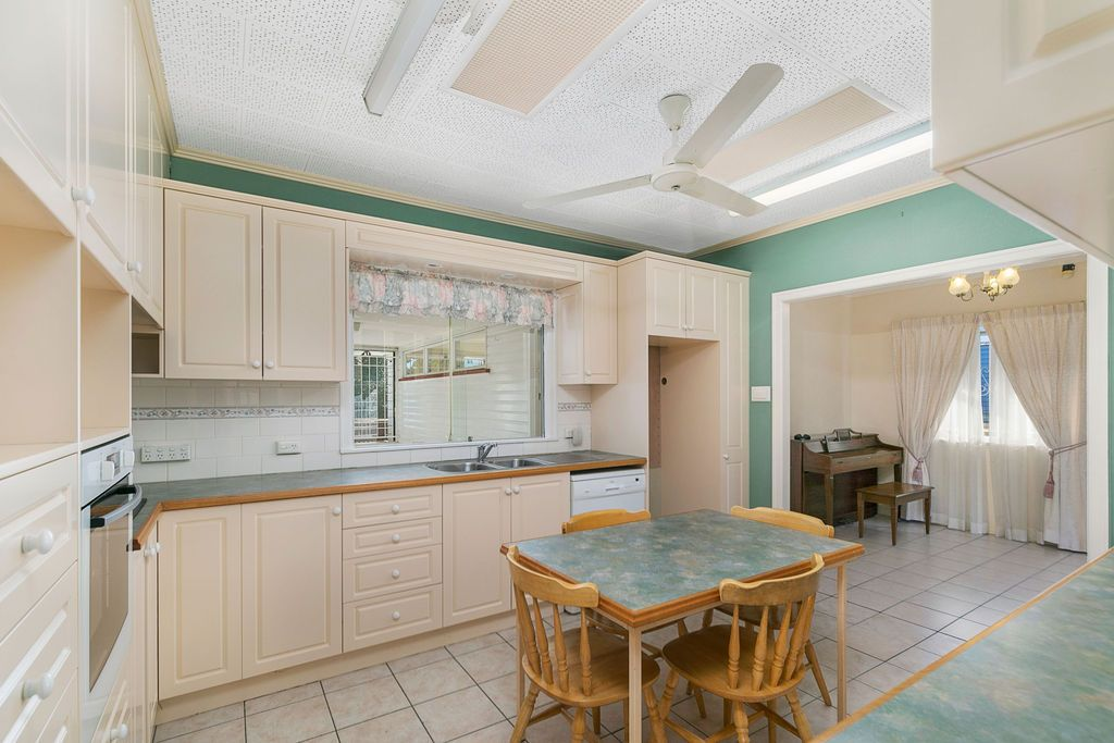 42 Mountridge Street, Everton Park QLD 4053, Image 2