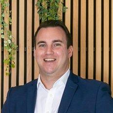 Jamie Marshall, Sales representative