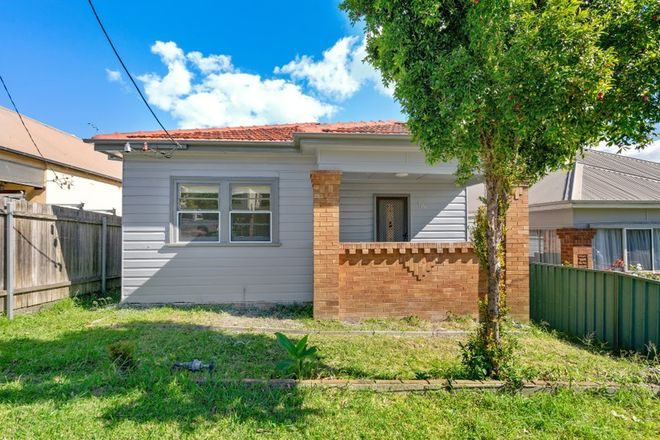 Picture of 106 Woodstock Street, MAYFIELD NSW 2304
