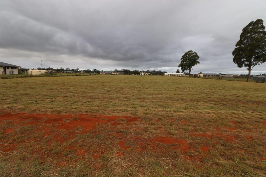 69 ROSELLA PARADE, Kingaroy QLD 4610, Image 0