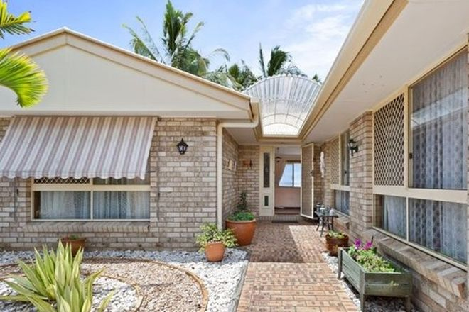 Picture of 38 Bayside Drive, BEACHMERE QLD 4510
