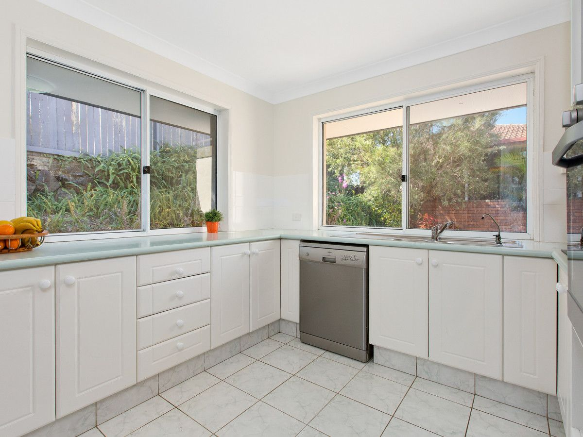 2 Links Street, Banora Point NSW 2486, Image 0
