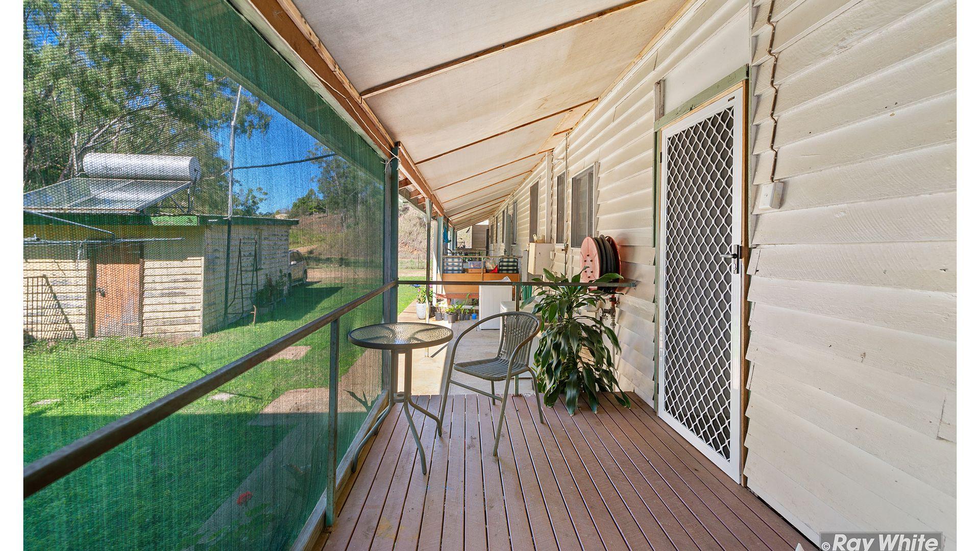 2/2 Morgan Street, Mount Morgan QLD 4714, Image 2