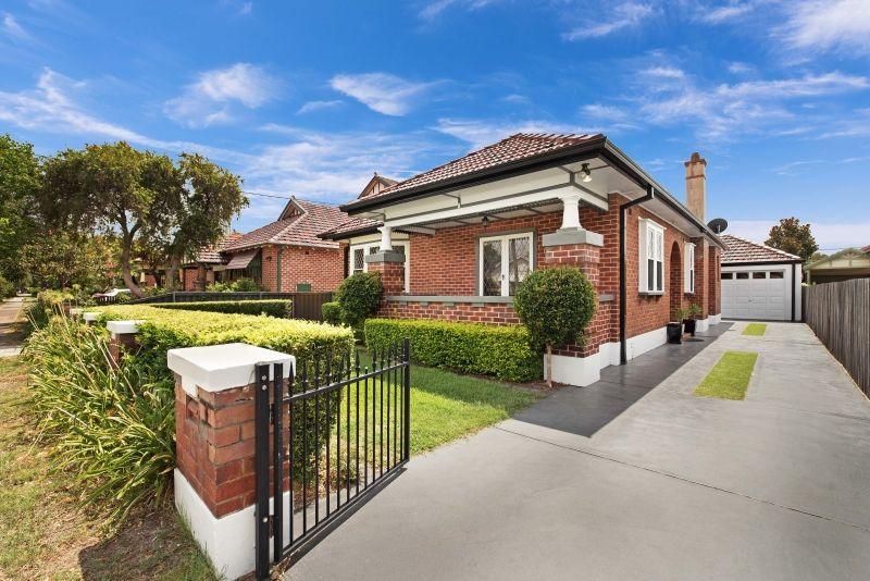 8 Corona Street, Hamilton East NSW 2303, Image 1