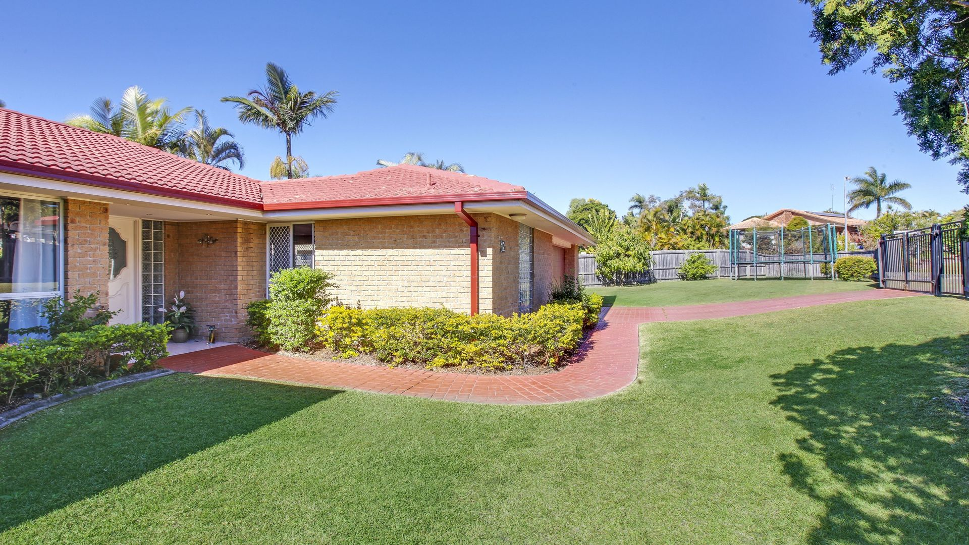 12 Jack Nicklaus Way, Parkwood QLD 4214, Image 2