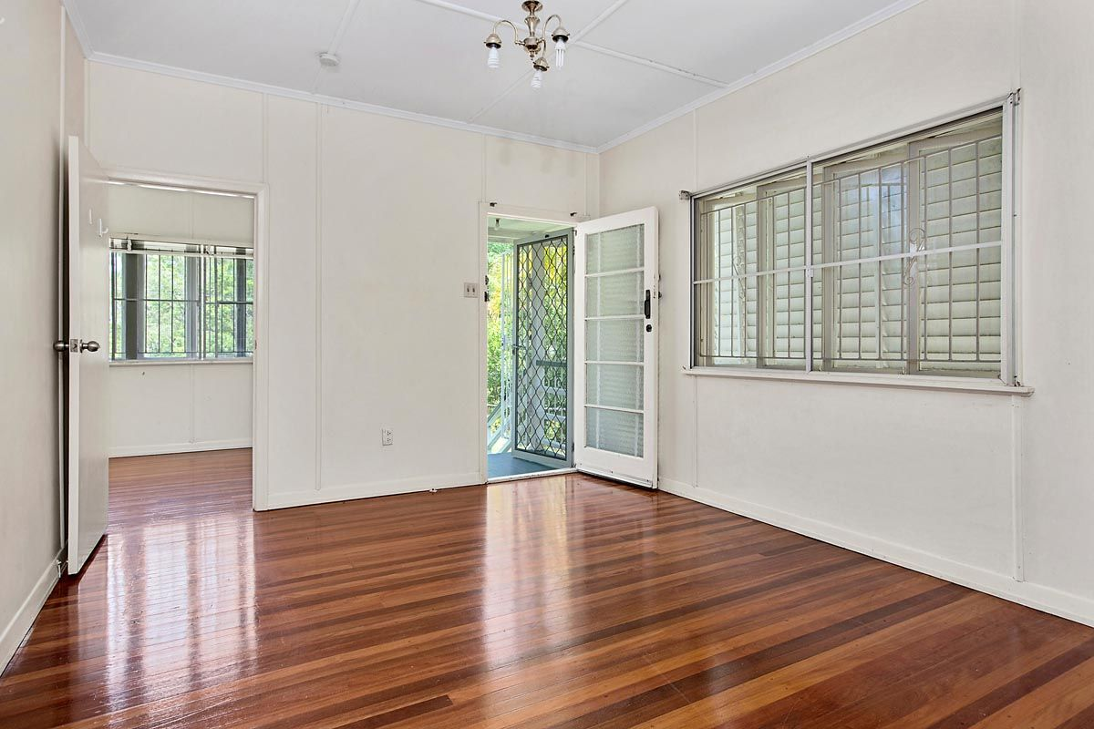 47 Rankin Street, Indooroopilly QLD 4068, Image 2