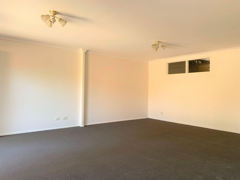 1/8 Bringelly Road, Kingswood NSW 2747, Image 1
