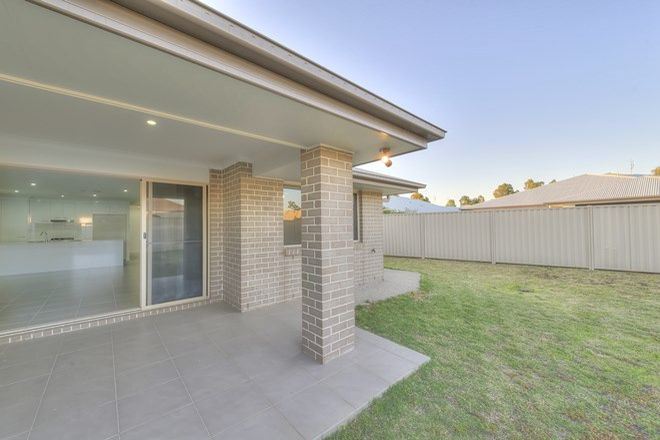 Picture of 55 Acacia Drive, MILES QLD 4415