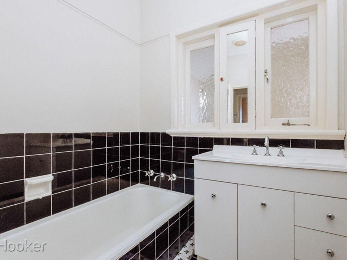 98a Whatley Crescent, Maylands WA 6051, Image 2