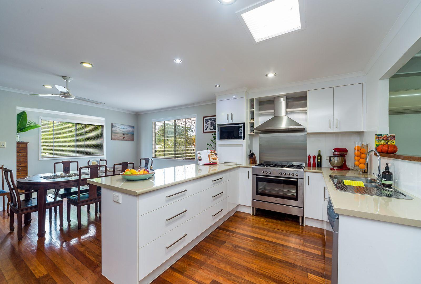 28 Hepworth Street, Arundel QLD 4214, Image 2