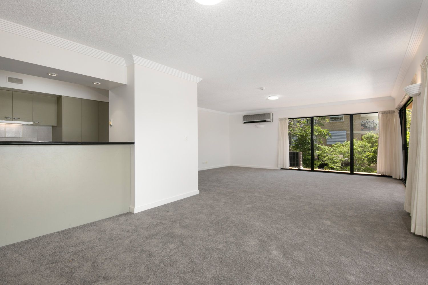 2/172 Macquarie Street, St Lucia QLD 4067, Image 1