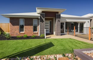Picture of 38 Murphy St, Clyde North VIC 3978