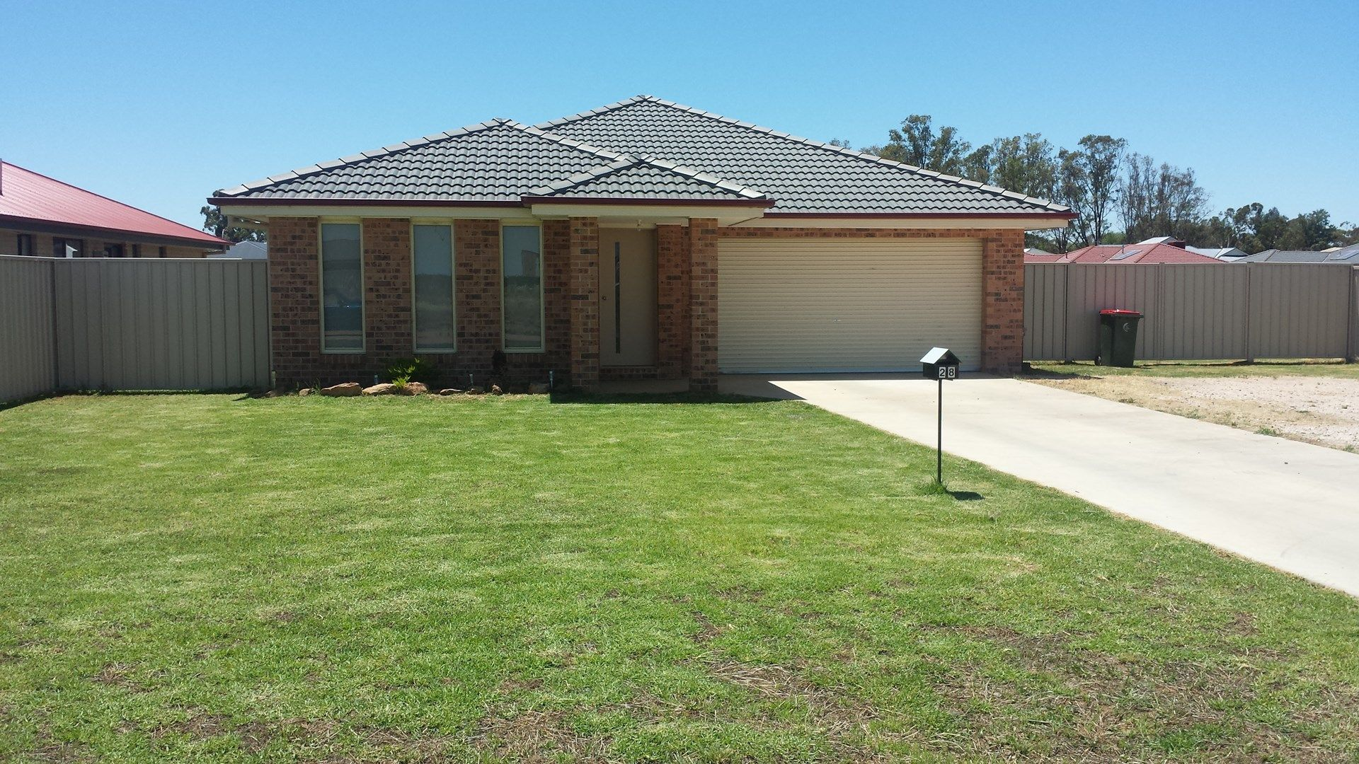 28 Lake Paddock Drive, Leeton NSW 2705, Image 0