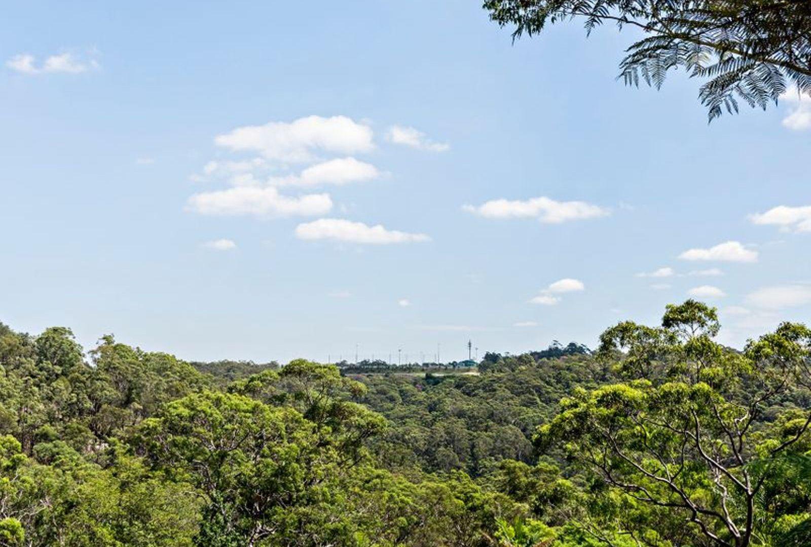 16 Yarralumla Avenue, St Ives NSW 2075, Image 2