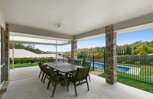 8 Soward Court, Pacific Pines QLD 4211
