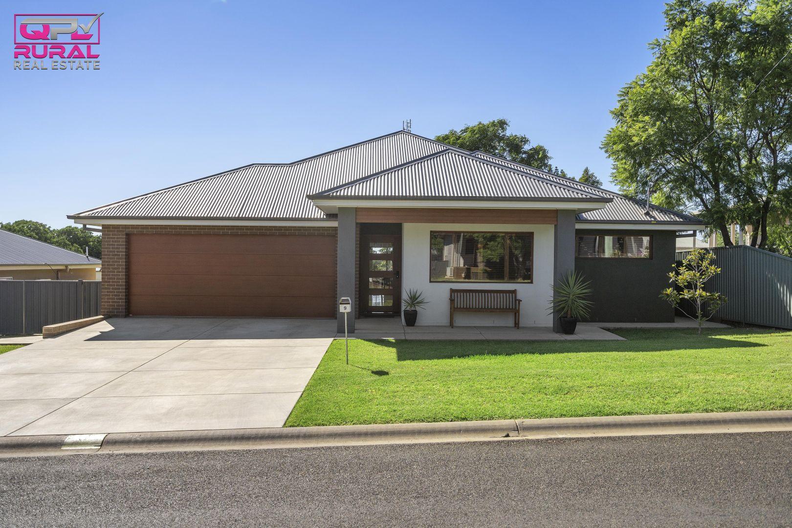 9 Joffre Street, Temora NSW 2666