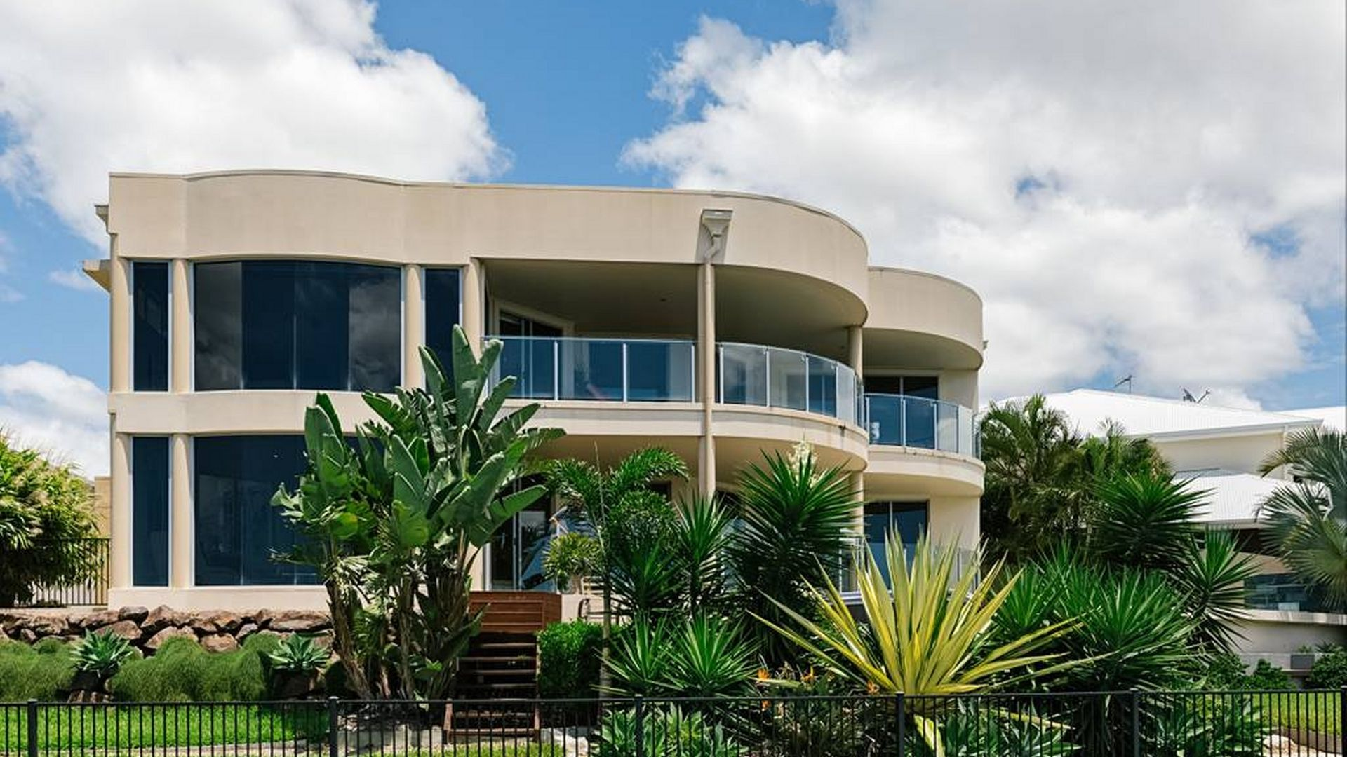 27 Coomera Ct, Helensvale QLD 4212, Image 1