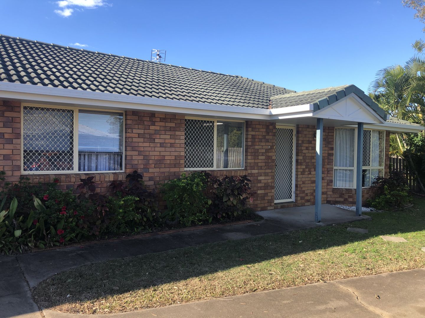 2/9 Forest Close, Kawungan QLD 4655, Image 0