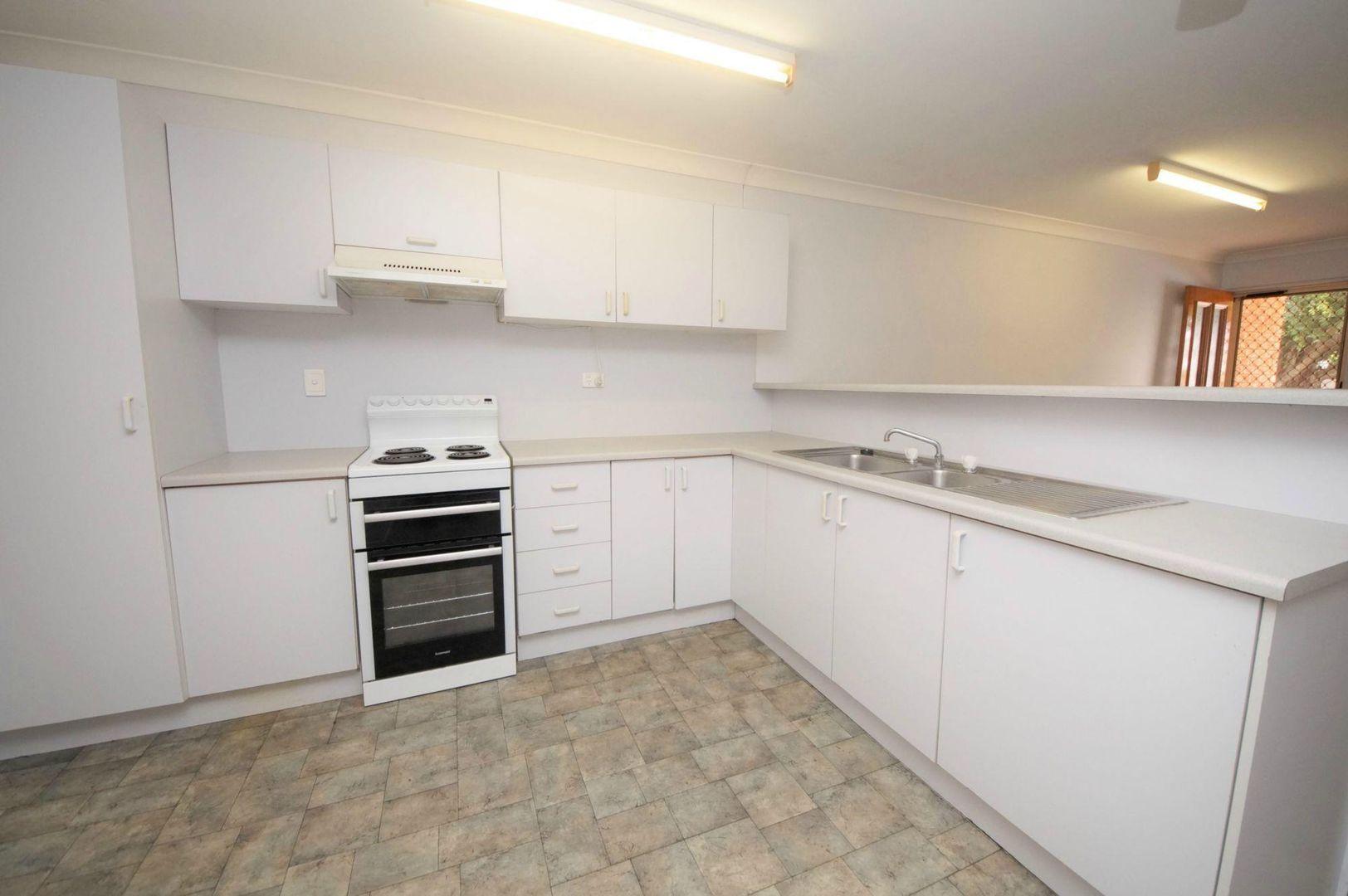 4/35 Munro Street, Ayr QLD 4807, Image 0