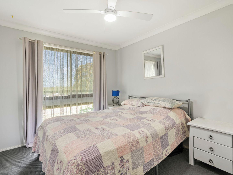 18 Alan Avenue, Charmhaven NSW 2263, Image 2